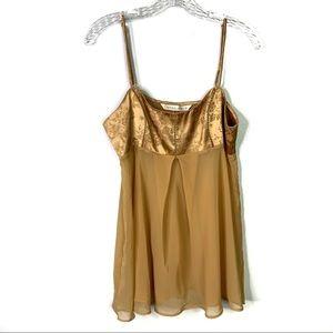 VS Gold Lingerie Camisole Nightie Sz M A-69